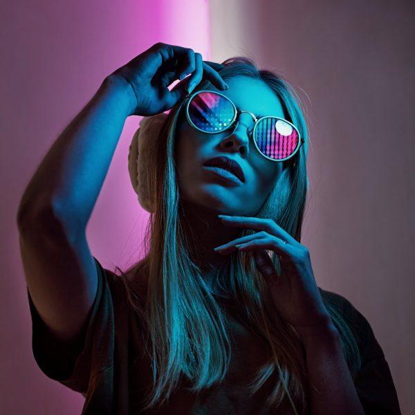 woman_sunglasses